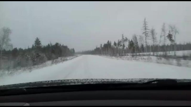 140 км/ч по ледяной дороге@@ХМАО.