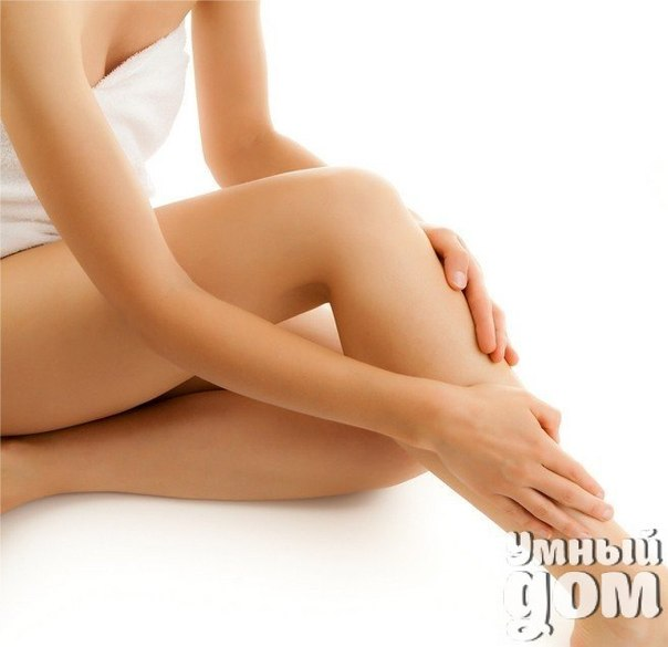 Профилактика судорог в мышцах Чтобы предотвратить судороги ног в будущем, необходимо регулярно (три раза в день) выполнять упражнения на растягивание мышц ног. К примеру, если чаще всего от судорог страдают икроножные мышцы, необходимо выполнять следующее упражнение: Встаньте на расстоянии полуметра от стены Наклонитесь вперед, вытянув руки и касаясь стены, так, чтобы подошвы оставались прижатыми к полу полностью Задержитесь в этой позиции на несколько секунд, затем расслабьтесь Повторяйте…