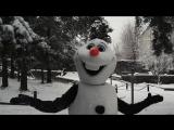 Олаф в гостях у Деда Мороза
