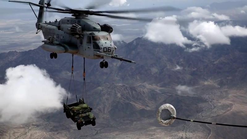 CH-53E Super Stallion Conducts Aerial Refuel MCAS YUMA, AZ, UNITED STATES 19.09.2018