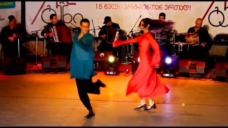 Сухишвили на Art-Gene - танец Илоури 13.07.2018