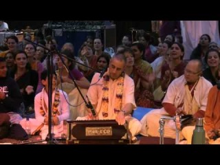 Kirtan Mela Nama Yagna with HH. Niranjana Swami Bonus_ Motivational Swamis Dance! 01.09.2011