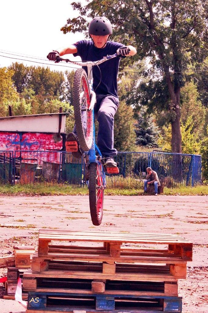 змагання з велотріалу