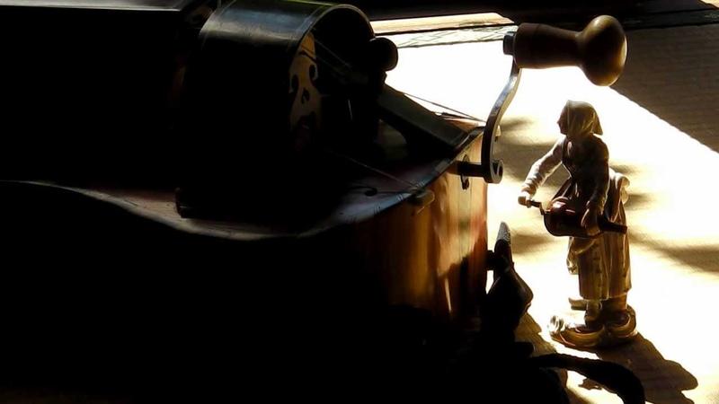 Daniel Mantey 'Carrillon Michel Corrette hurdy gurdy organ