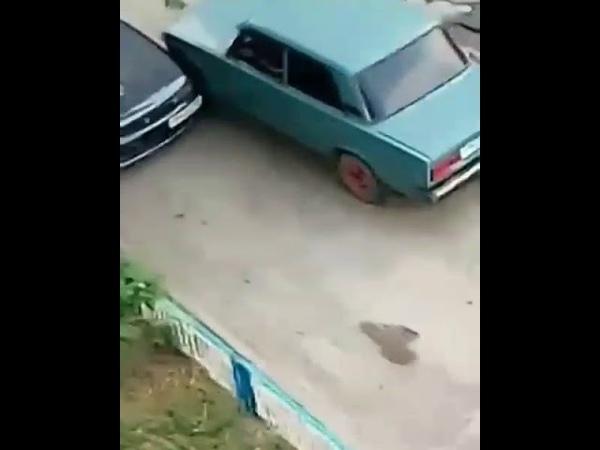 Идиот за рулём