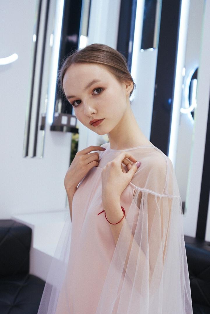 Arina Danilova - Page 5 Chi6PYdpxWM