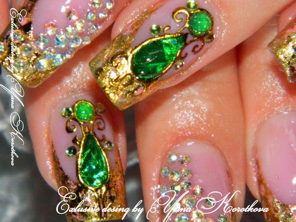 Фото нарощенных ногтей дизайн с камнем