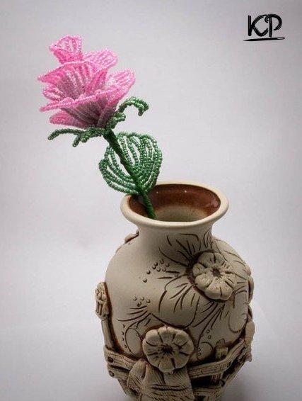 Ажурная роза из бисера
