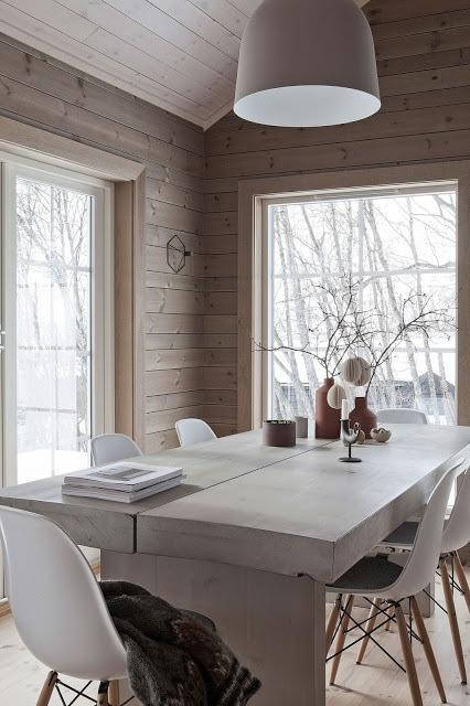 Modern cottage in natural tones