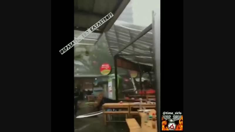 Ураган в Джакарте