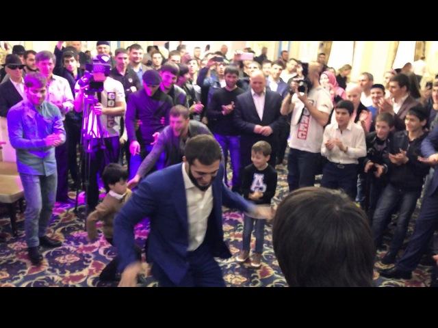 Чемпионская лезгинка в исполнении Абукара Яндиева