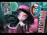 Monster High Haunted Getting Ghostly Draculaura Doll Review