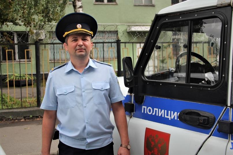 Брянский следователь полиции задержал грабителя с поличным