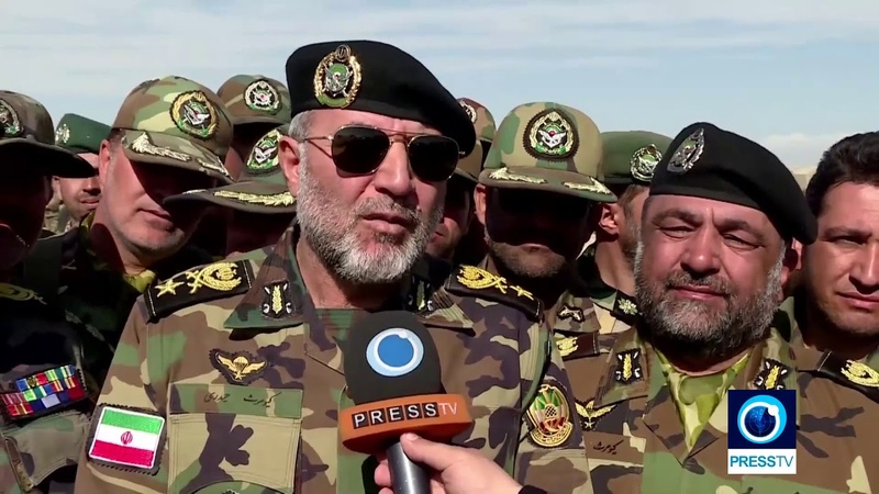 Manuver Besar besaran AD Militer Iran 1