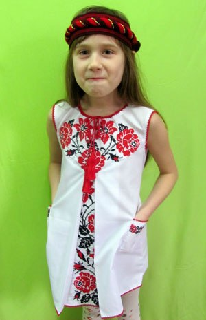 Дитячі вишиванки для дівчаток – 28 фотографий  04e041e43c633