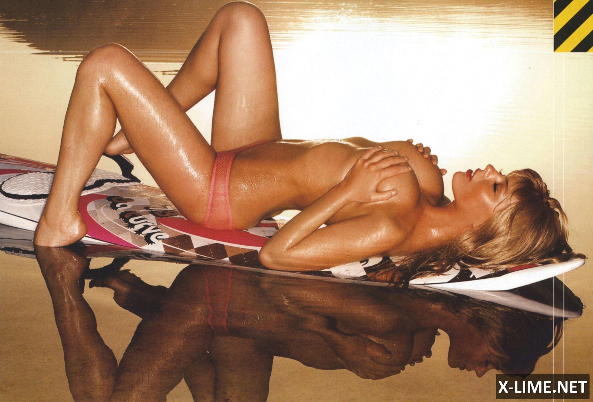 Эротическое фото молодых российских актрис 23 фотография