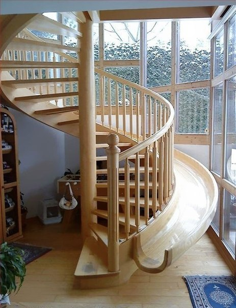 Винтовая лестница-горка