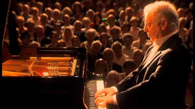 Beethoven, Sonata para piano Nº 1 en fa menor Opus 2 Nº 1. Daniel Barenboim, piano