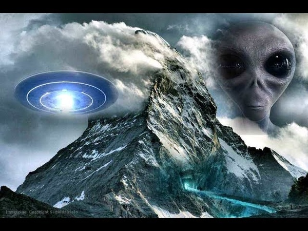 Extraterrestrials have a base on the only mountain that nobody can climb, the Gangkhar Puensum !!
