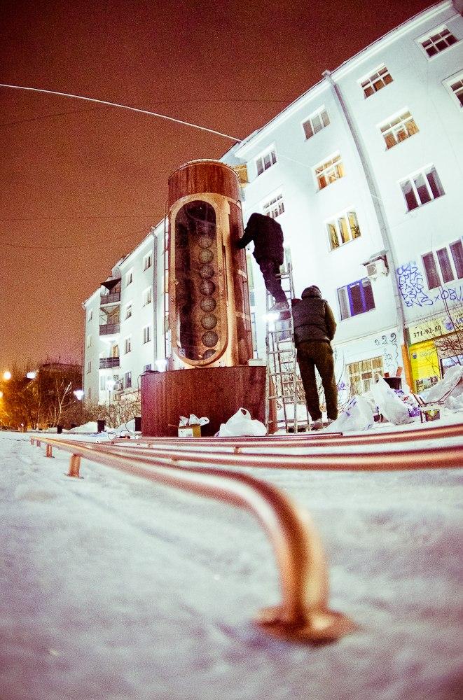 Барометр настроения в стиле стимпанк появился в Екатеринбурге (Фото 15)