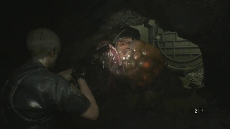 下水道にて、巨大な肉塊に近づいたら……