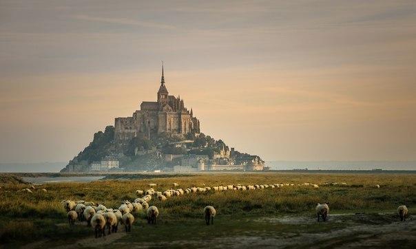 Замок Мон-Сен-Мишель, Нормандия, Франция