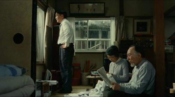 """Фильм """"Токийская семья"""" (2013), ремейк фильма """"Токийская повесть"""" (1953) Ясудзиро Одзу."""