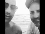 Вин Дизель и режиссер третьего фильма о Трех Иксах Ди Джей Карузо в эфире 15 июля 2018 г.