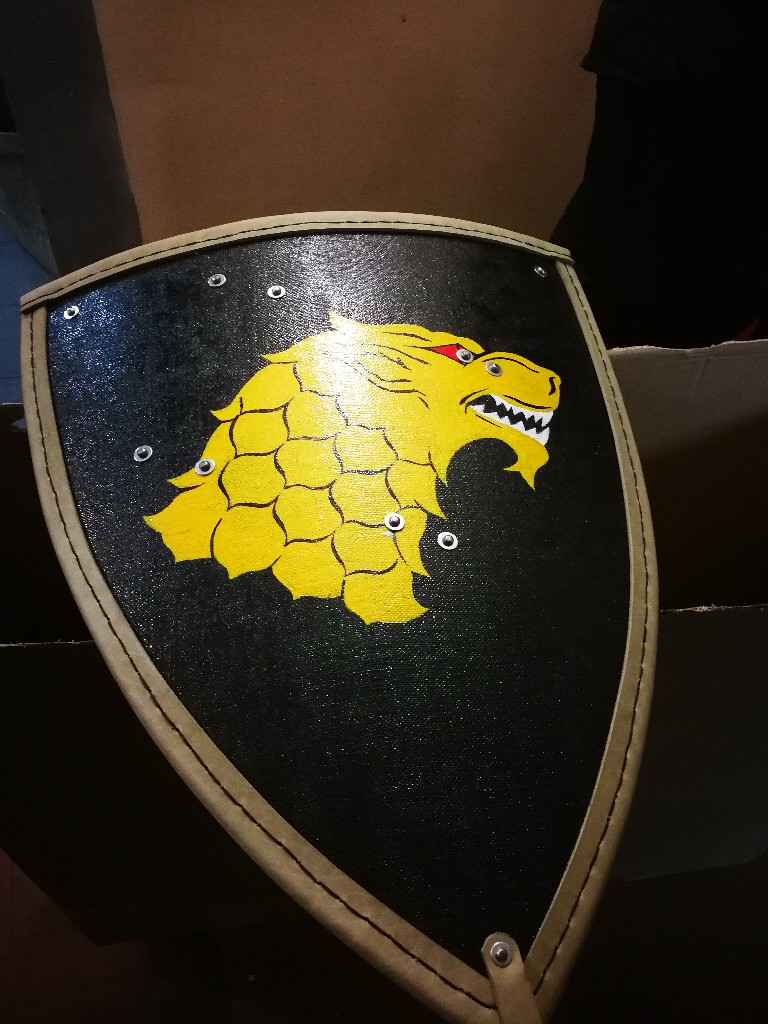 Escudos, estética y heraldica VfAxQhxT3u4