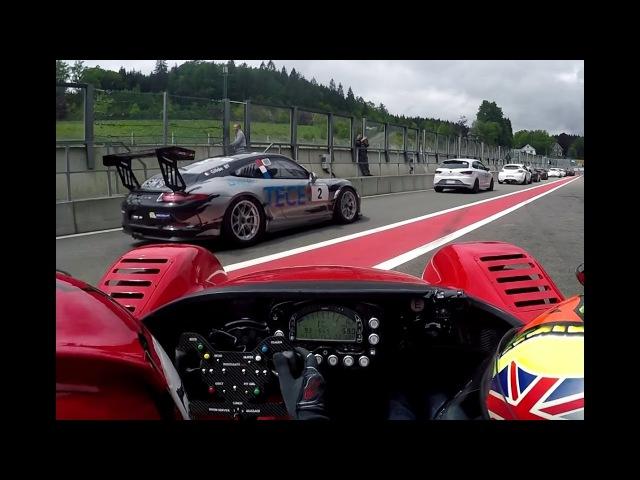 Radical SR3 SL vs Porsche 991 GT3 CUP