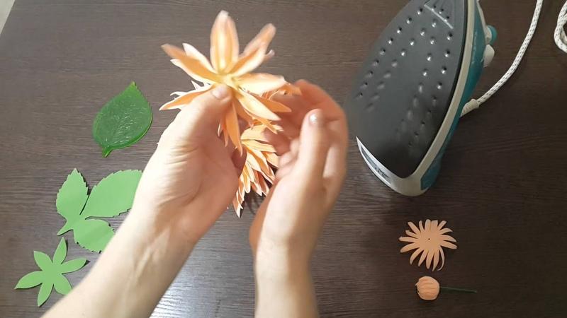 Мастер класс Георгин Сборка основания способы обработки лепестков