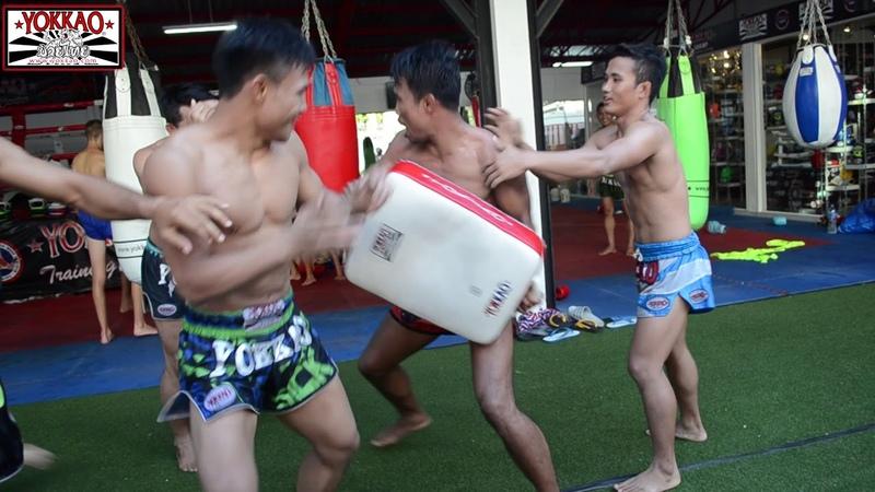 Необычная тренировка тайцев в кэмпе Yokkao😂