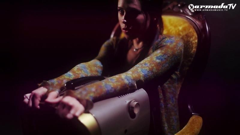 Gabriel Dresden ft Betsie Larkin - Play It Back (Maor Levi Remix)