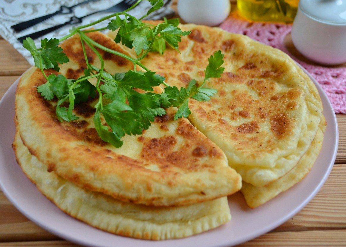 Хачапури (проще не бывает) Ингредиенты: Кефир — 1 Стакан Сода