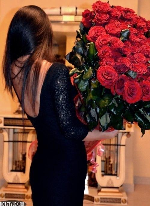 девушка с цветами фото на аву