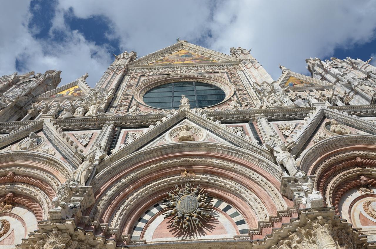 3QWrxzEfr7A Сиена. Собор Санта-Мария-Ассунта (Duomo, Cathedral Santa Maria Assunta)