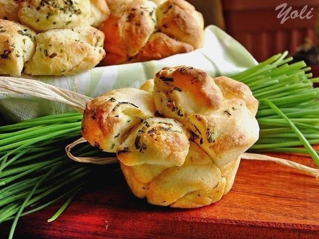 Красивые пряные булочки к борщу или бульону Ингредиенты