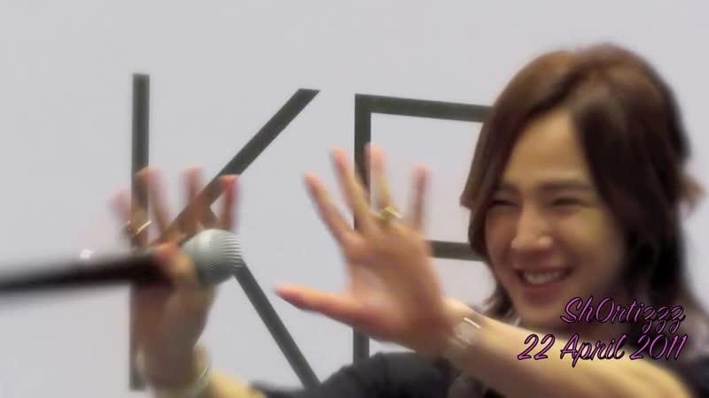 Jang Keun Suk 장근석 Adorable Smiles Hearts ❤ ❤ ❤ at Singapore CRI Show 2011