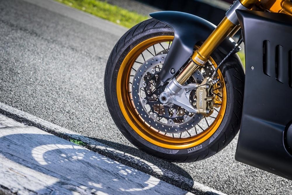 Italian Dream Motorcycle: кастом «3×3 –  Collezione Tripla»