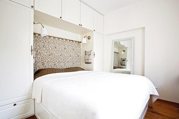 Взять на вооружение: 10 дизайн-хаков для маленькой спальни Вам кажется, что вы знаете все о маленьких спальнях? Попробуем вас удивить – рассказываем, как скорректировать объем крошечного помещения и добиться wow-эффекта простыми способами