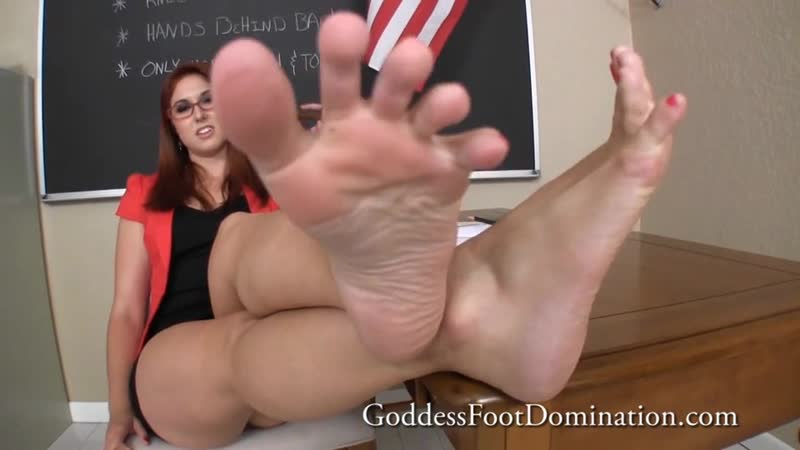 Goddess Rose HD Porn, Redhead, Foot Fetish, Feet, Femdom, POV, JOI, Busty, Glasses, Tease, Soles, Toes,