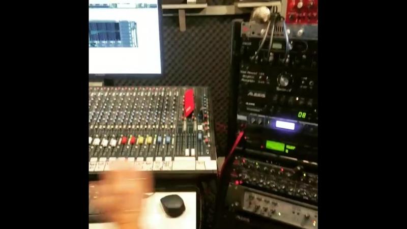 Работа в студии Чек Рекордс над новой песней Старая кафешка