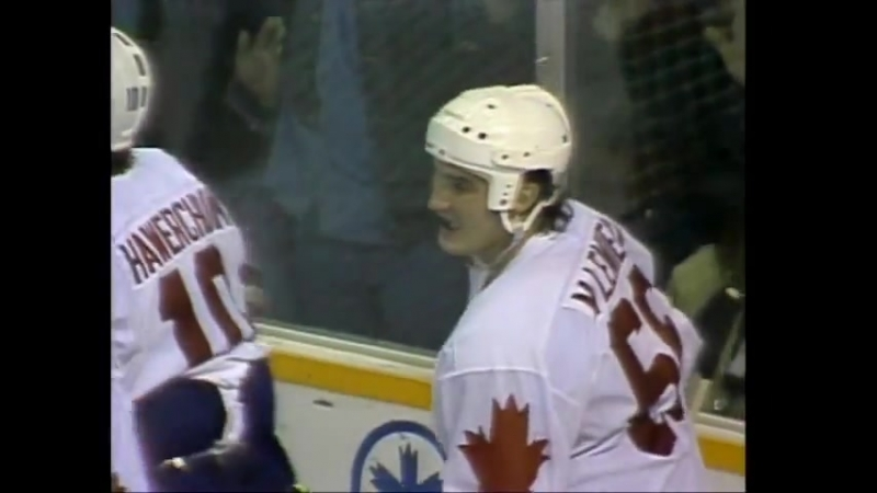 Gretzky to Lemieux - 1987 Canada Cup Winning Goal - YouTube (480p)