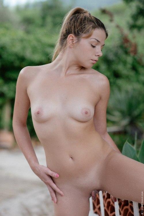 I'm Feeling Better Naked