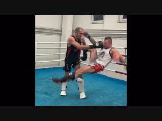Дэйв Ледюк (чемпион MLWC по бирманскому боксу): спарринги в Чехии в рамках семинар-тура