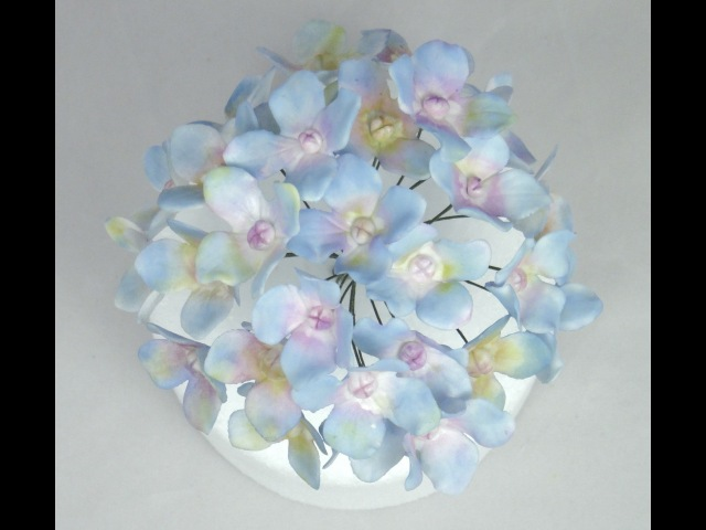 How to make Wired Hydrangea Sugar Flowers with Flower PasteGumpaste Tutorial Fancy Cakes by Linda