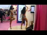 Танцы в бикини INFINITI LINGERIE ВВЦ 19.02.2013
