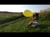 Indian 16'' balloon blow to pop in the country
