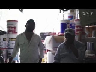 Как собирают долги коллекторы в Индонезии (VICE)