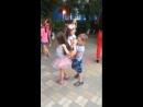 Мишка танцует с Кристинкой